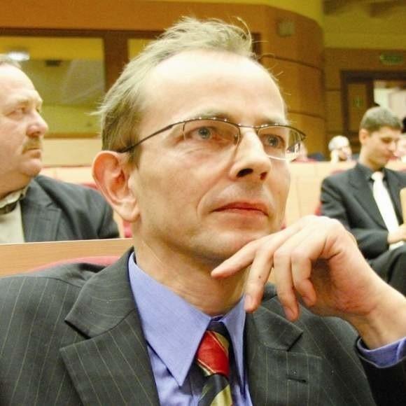 Zbigniew Nikitorowicz- Nie będziemy odgrywać roli dobrych wujków i robić prezentów dla wybranych - mówił podczas sesji Zbigniew Nikitorowicz, przewodniczący PO w radzie miasta.