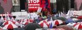 """Protest nauczycieli w Warszawie: """"Będziemy pikietować i walczyć do upadłego"""" [ZDJĘCIA, WIDEO]"""