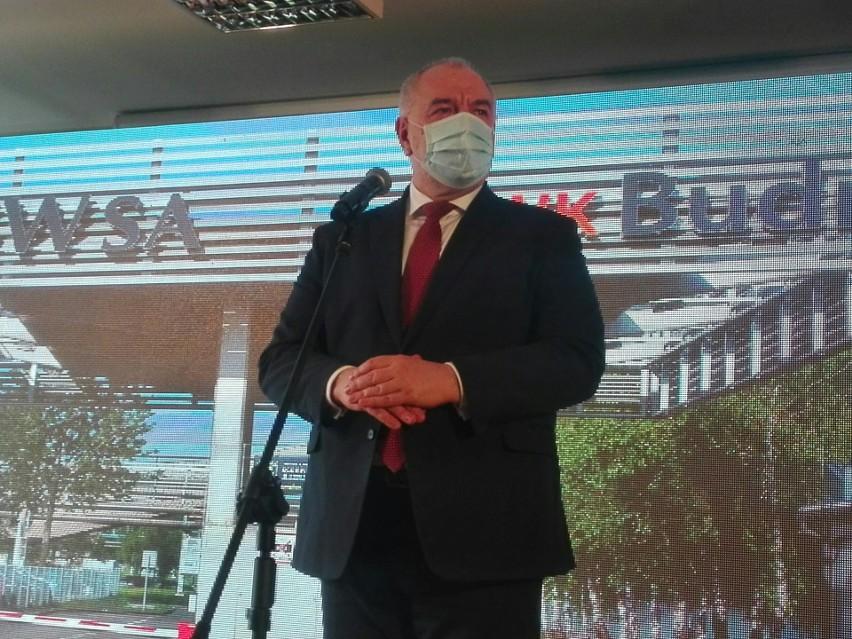 Minister Jacek Sasin w JSW. Kopalnia Pniówek na razie ograniczyła wydobycie, jest 385 zakażonych.Zobacz kolejne zdjęcia. Przesuwaj zdjęcia w prawo - naciśnij strzałkę lub przycisk NASTĘPNE