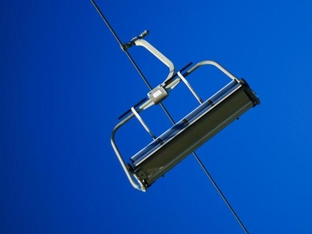 Ceny noclegów i karnetów narciarskich za granicą często bywają tańsze od cen w polskich ośrodkach narciarskich.