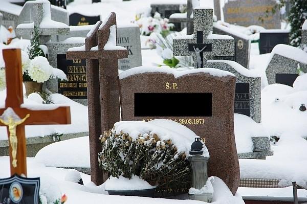 Mężczyzna okradł 70 grobów na choszczeńskim cmentarzu.