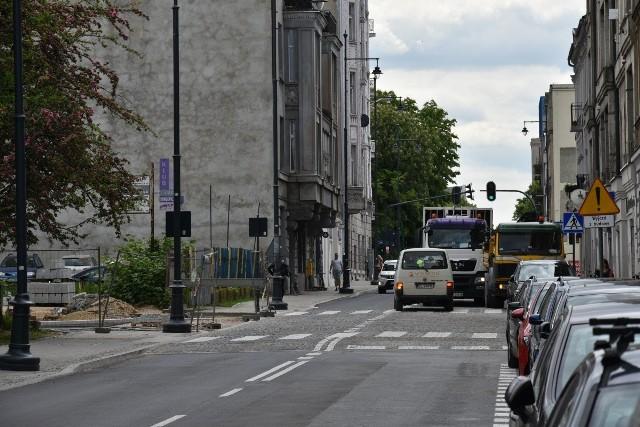 Od ul. Tuwima do ul. Traugutta - normalny dwukierunkowy ruch powróciła na ul. Sienkiewicza.