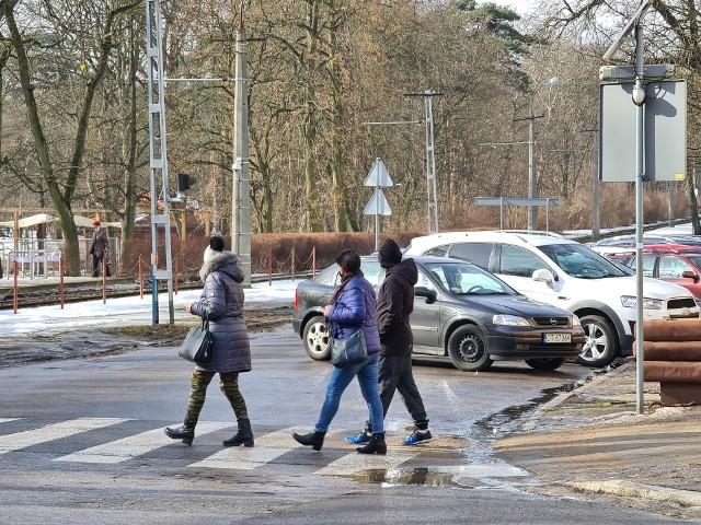 Przy okazji modernizacji torowiska na wszystkich skrzyżowaniach ulicy Bydgoskiej mają się pojawić sygnalizacje świetlne. Inwestycja, którą prowadzi Miejski Zakład Komunikacji powinna się zakończyć w przyszłym roku