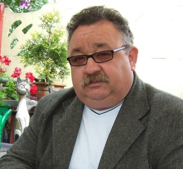 RYSZARD DYLĄG, polkowicznin, ma 54 lata, żonaty, dwoje dzieci. Od czterech lat na emeryturze. Z wykształcenia górnik. Jego hobby to strzelectwo.