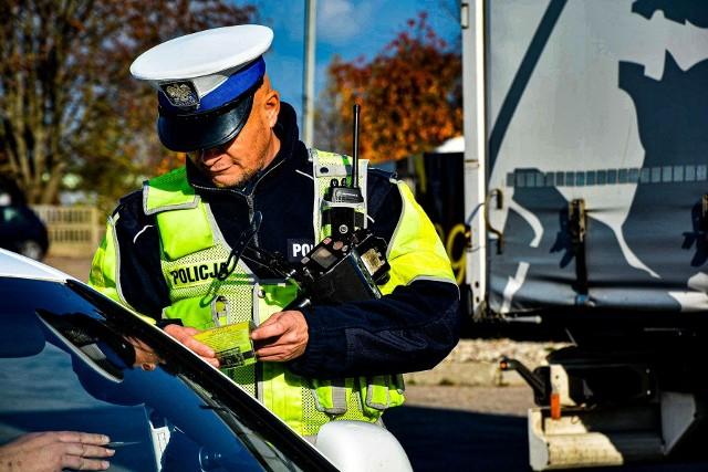 Od dziś policjanci zyskają nowe prawa podczas kontroli drogowej. W naszej galerii zobaczycie, co się zmieniło w porównaniu do poprzednich przepisów