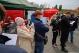 Na Pl. Zamkowym w Lublinie zaszczepiło się blisko 2 tys. osób. Akcja przedłużona do 5 maja