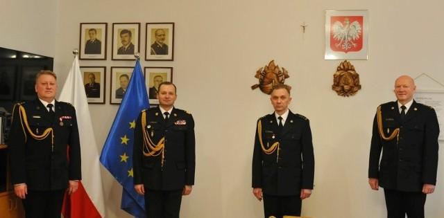 St. bryg. Zbigniew Łyszkowicz stoi drugi od prawej.