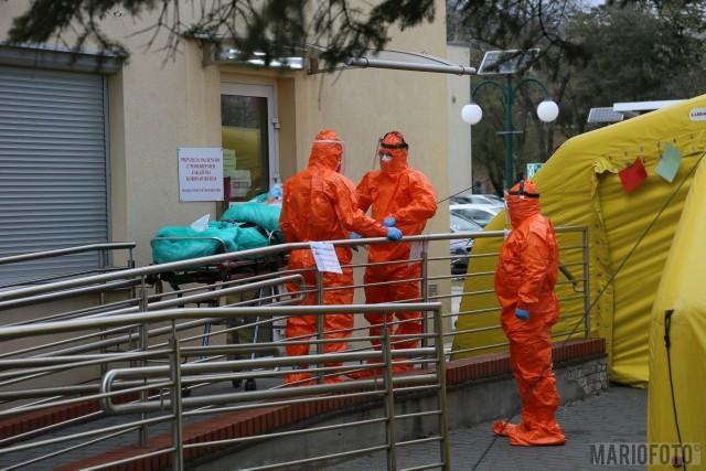Pacjencji z ZOL-u w Ozimku trafili na oddziały zakaźne szpitala w Nysie oraz Szpitala Wojewódzkiego w Opolu.