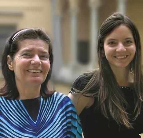 Kaja Danczowska i Justyna Danczowska - córka idzie śladami mamy: pierwsza koncertowała z Krystianem Zimermanem, druga w jego mistrzowskiej klasie zdobyła dyplom Akademii Muzycznej w Bazylei