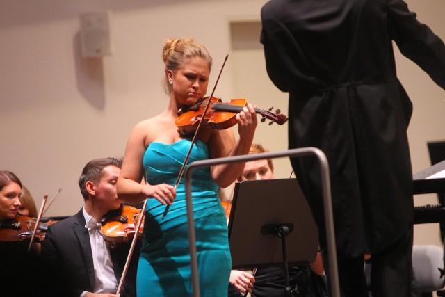 Anna Malesza i Orkiestra Teatru Wieljkiego w Poznaniu.