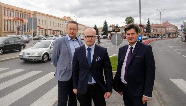Radni PiS apelują o wymianę studzienek kanalizacyjnych w Rzeszowie.