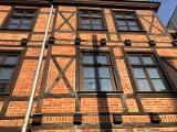 Poznań: Jedna z najpiękniejszych kamienic Poznania odzyskała blask. Zobacz, jak wygląda po renowacji dom przy ul. Jeżyckiej