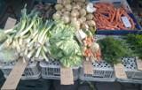 Ceny na ryneczku w Zielonej Górze. Ile kosztują warzywa, owoce, mięso, wędliny. - Jest tanio - uważają rolnicy