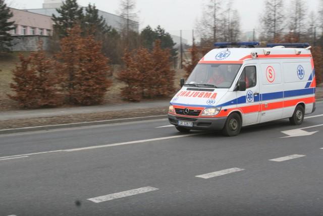 Tragiczny wypadek w Kuźni Raciborskiej. 78-latka zginęła na pasach