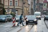 Ruch drogowy. Przejścia mają być bezpieczniejsze, ale nic nie zastąpi zdrowego rozsądku