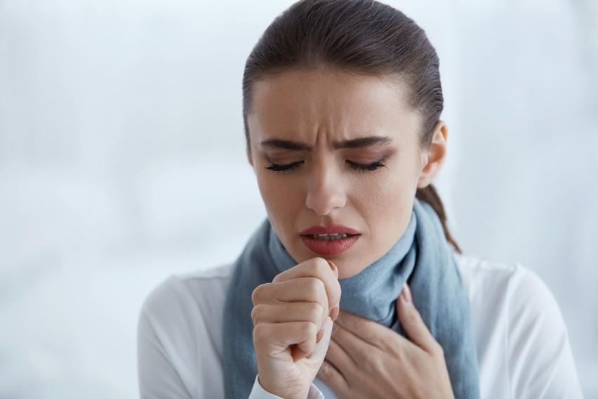 Zapalenie gardła to objaw COVID-19 zaliczany do tych...