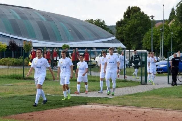 Piłkarze Alitu Ożarów mają za sobą udaną rundę jesienną w czwartej lidze świętokrzyskiej