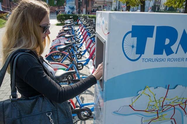 Stan techniczny rowerów oraz zawieszający się system stacji - na to najczęściej narzekają toruńscy rowerzyści
