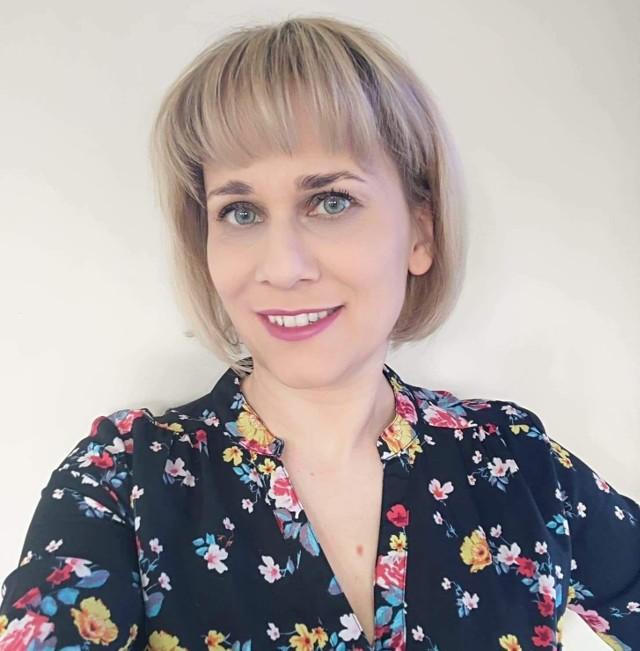 Oliwa EM Be prowadzi bloga Bezmarnowania.pl. Torunianom prezentuje dziś swoje przepisy na wykorzystanie zielonych liści warzyw - zielony koktajl i wegeburgery. Ale na jej blogu zainteresowani znajdą więcej inspiracji.