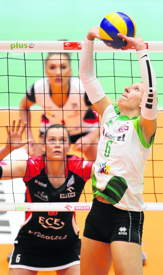 Frauke Dirickx wróciła do składu po kontuzji kolana i była jedną z jaśniejszych postaci na parkiecie w Bydgoszczy. Została MVP.