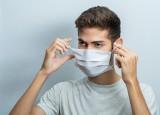 Warto wiedzieć, gdzie nie trzeba nosić maseczki! Rząd zmienia zasady w czasie pandemii koronawirusa. Kto nie musi zakrywać ust i nosa?