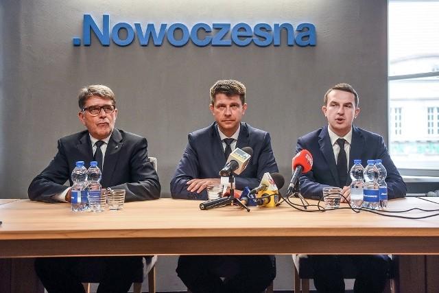 Ryszard Petru w Poznaniu: Sprzeciw obywatelski jedynym sposobem na wariatów z PiS