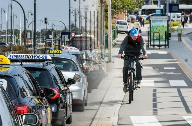 Szybkość dojazdu, komfort, cena... Co najmniej te trzy kryteria powinniśmy brać pod uwagę, wybierając środek transportu.