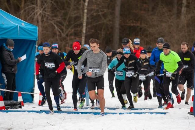 W niedzielę, 28 lutego, w Leśnym Parku Kultury i Wypoczynku Myślęcinek odbył się trening poprzedzający kolejną edycję biegowej imprezy Cross Run Budstol Invest. Uczestnicy zebrali się na starcie przed Centrum Edukacji Ekologicznej.