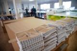 Polski kierowca wiózł kokainę o wartości miliona funtów w pudle z maseczkami ochronnymi