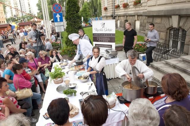 """Festiwal ,,Śląskie Smaki"""" zaczyna się punktualnie o godz. 13. Nie może Was tam zabraknąć!"""