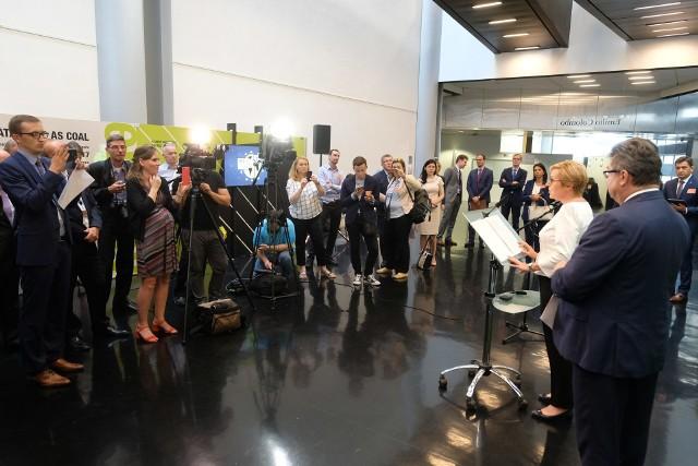 """W Parlamencie Europejskim w Strasburgu otwarta została wystawa """"Be Co@l"""", której celem jest promocja węgla i czystych technologii węglowych"""