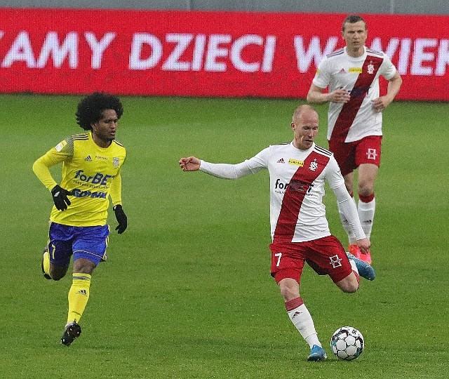 Nie czas na trzeci blamaż - w  Kielcach tylko zwycięstwo