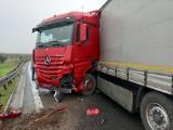 Wypadek na węźle Wrocław Południe. Bardzo duże utrudnienia na autostradzie A4 [ZDJĘCIA]