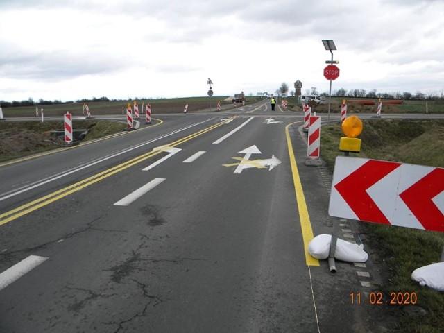 Trwają prace przy budowie ronda na skrzyżowaniu ulicy Niezłomnych z obwodnicą Mogilna. Zobaczcie najnowsze zdjęcia.