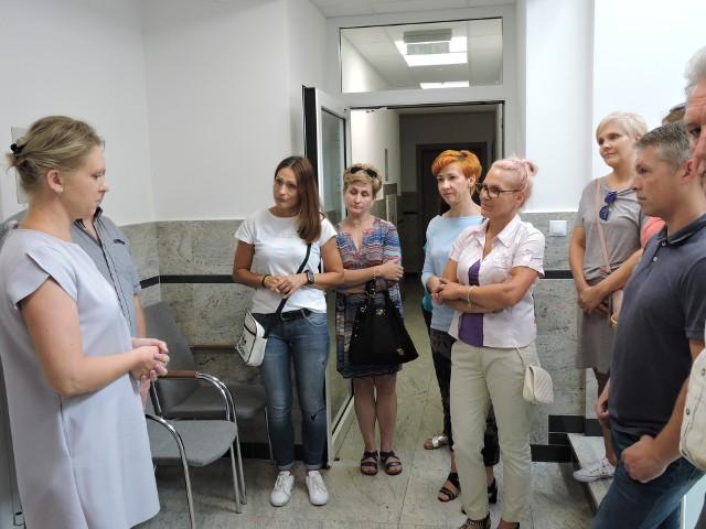 Burza po konkursach na dyrektorów w szkołach gminy Olszewo-Borki nie cichnie.