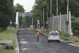 Na Kochanowskiego układają asfalt. Pojedziemy nim dopiero po wakacjach (FOTO)