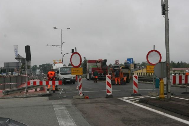Remont wiaduktu nad drogą S8 w ciągu drogi W627 rozpoczął się 21 września. Od tamtej pory na ulicy Lubiejewskiej obowiązuje zmieniona organizacja ruchu.