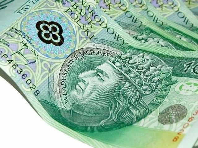 Na pieniądze czekało 1635 niezamożnych uczniów