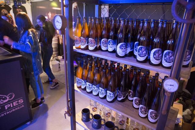 Szacunkowo co trzecia złotówka zasilająca budżet państwa z tytułu podatku akcyzowego od alkoholu pochodzi z produkcji i sprzedaży piwa.