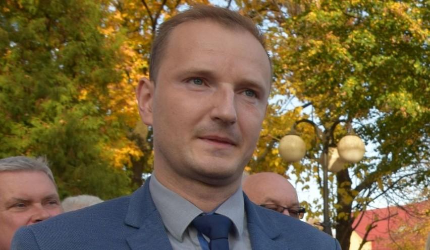 Kandydat na burmistrza Włoszczowy Piotr Bulski apeluje do przeciwników politycznych o zaprzestanie hejtu pod jego adresem.