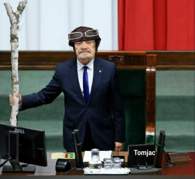 Antoni Macierewicz to nowy marszałek-senior. Zobacz najlepsze memy, które stworzyli internauci.