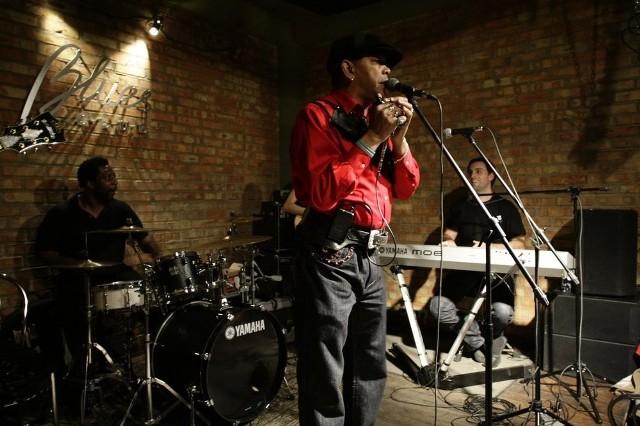 Sugar Blue to wielka postać muzyki nie tylko bluesowej, grał m.in. z The Rolling Stones