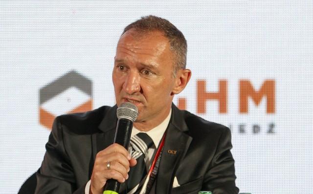 Istvan Kovacs, sekretarz generalny Światowej Organizacji Boksu Olimpijskiego AIBA, jedna z najbardziej wpływowych postaci w europejskim pięściarstwie przebywał w Kielcach na Młodzieżowych Mistrzostwach Świata w boksie.