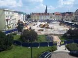 Pomnik Walki i Męczeństwa już postawiony na swoim nowym miejscu na Starym Rynku [zdjęcia]