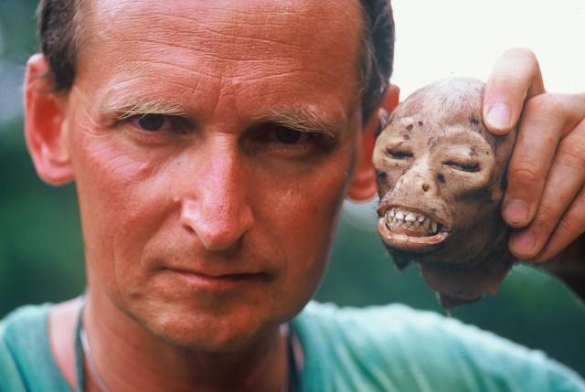 Wojciech Cejrowski to dziennikarz i podróżnik. Autor wielu fascynujących książek.