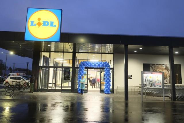 25.10.2018 torun otwarcie nowego sklepu lidl na stawkachstawki lidl lidla otwarcie supermarket sklep fot. grzegorzo olkowski / polska press