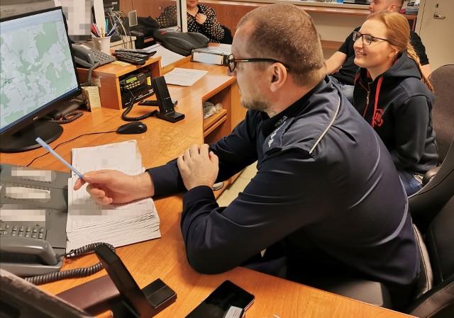 Białostoccy policjanci nieustannie szkolą się wspólnie z pracownikami Centrum Powiadamiania Ratunkowego, aby system działał tak, jak należy