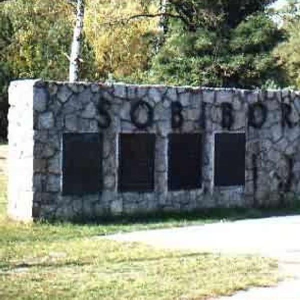 Sobibór był ośrodkiem zorganizowanym w celu eksterminacji wyłącznie Żydów z różnych krajów Europy.