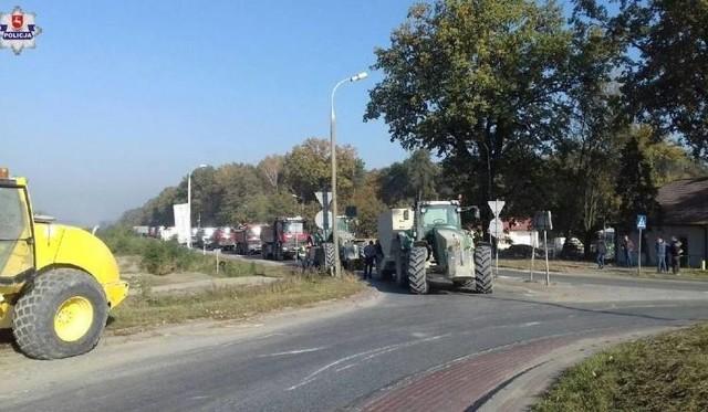 W połowie października podwykonawcy Astaldi na ok. 12 godzin zablokowali rondo w Żyrzynie na trasie Lublin - Warszawa
