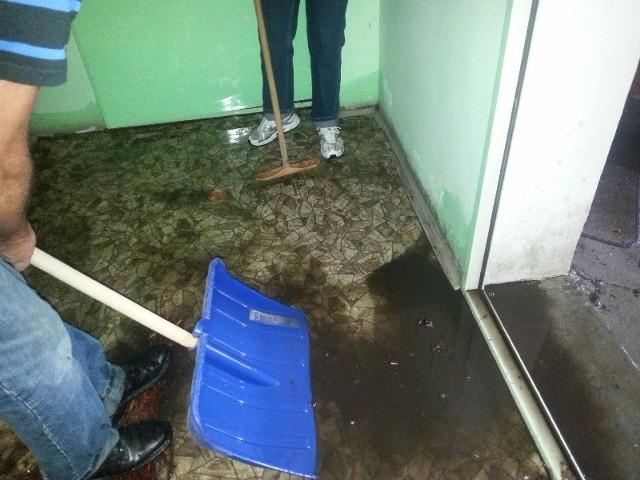 Wielka ulewa, która w nocy z czwartku na piątek (z 7 na 8 sierpnia) przeszła nad Zieloną Górą, zalała pomieszczenia Biura Porad Obywatelskich.